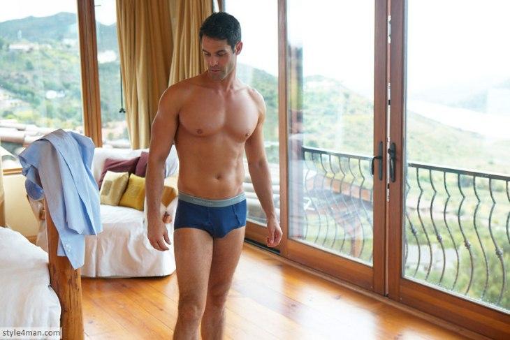 Модное мужское белье