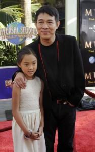ДжетЛи с дочерью