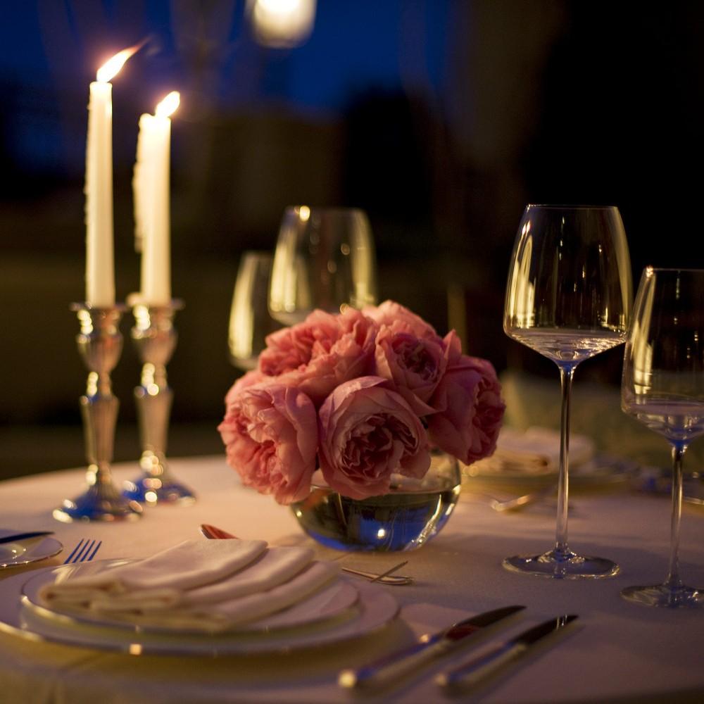 Ужин с сексом на столе 3 фотография