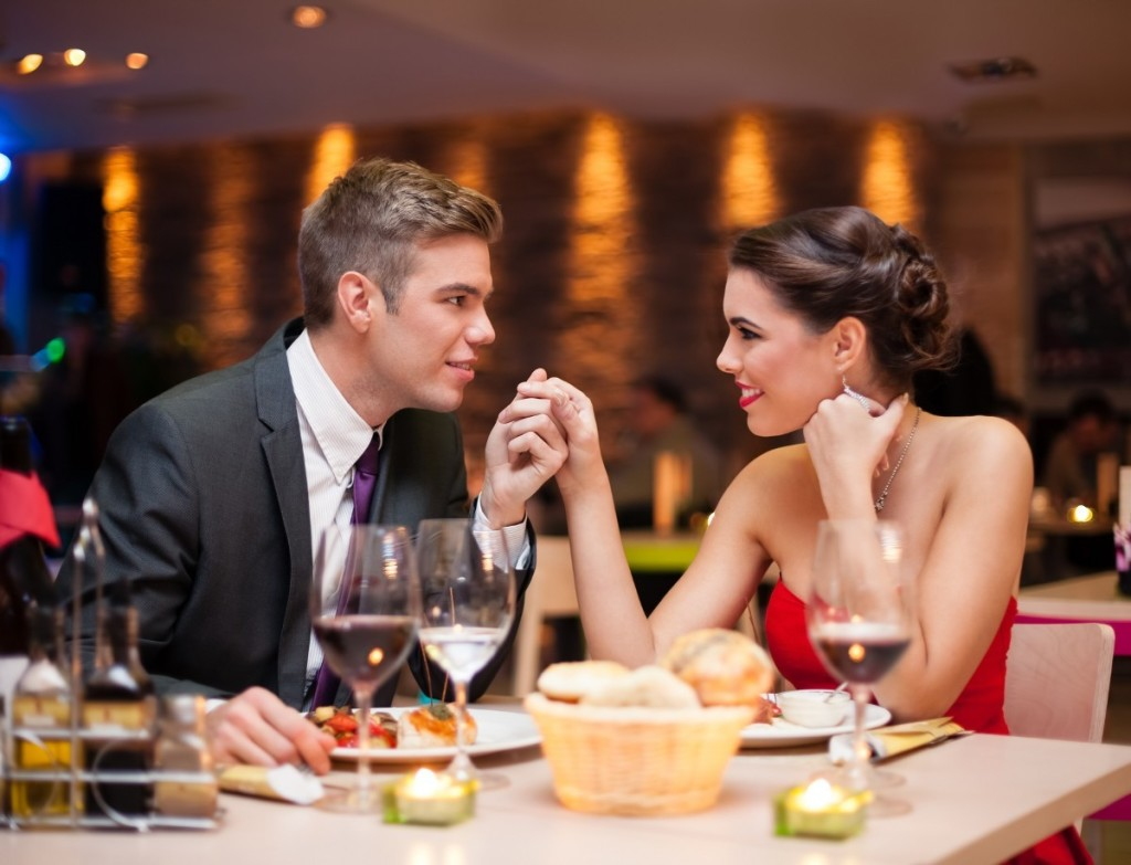 Ужин с сексом на столе 5 фотография