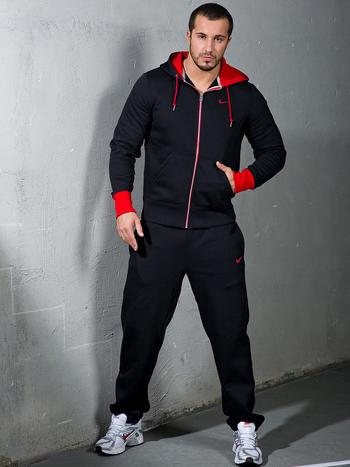 f8dafa30367 Мужские спортивные костюмы  виды и секреты выбора