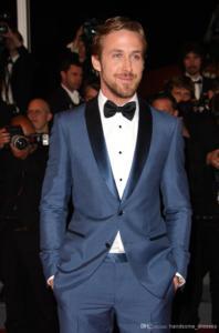 Синий всадебный костюм