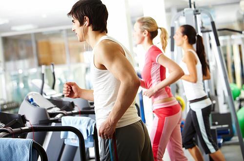 Тренировки в зале