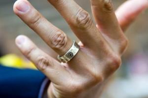 Мужские кольцо