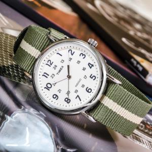 часы в стиле casual