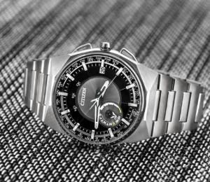 часы с необычным дизайном