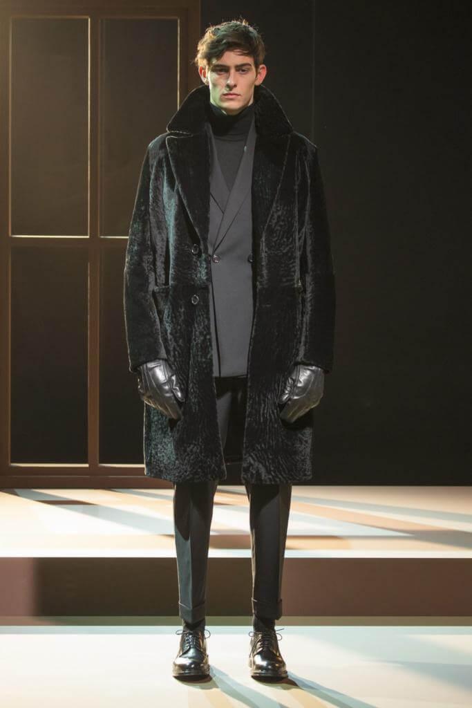 меховое пальто Cerruti 1881