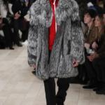 меховое пальто Burbery