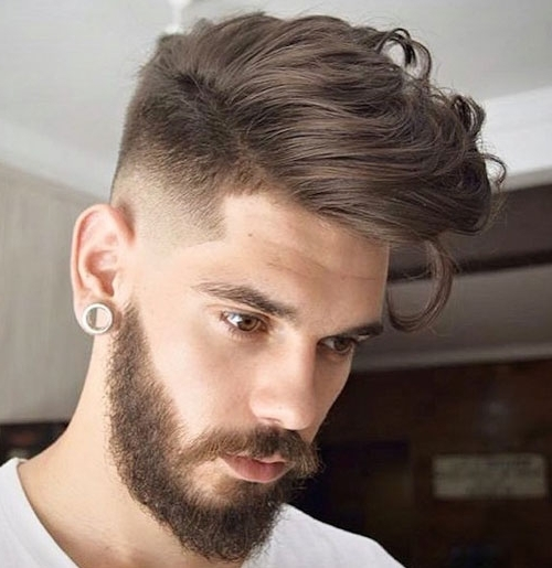 прически для жирных волос мужские