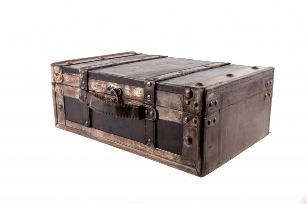 чемодан кожаный