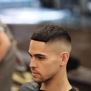 модные прически для жестких волос мужские