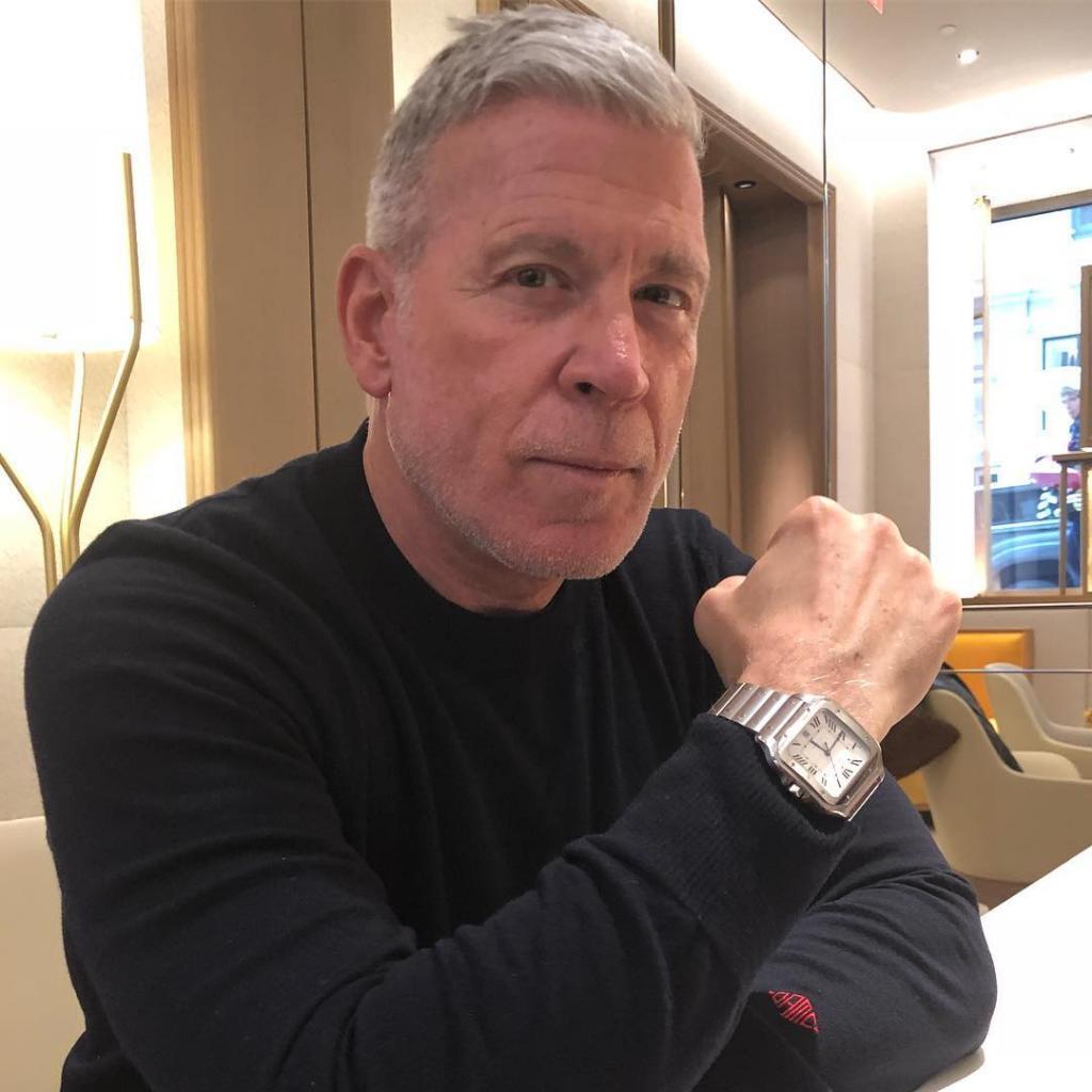 Ник Вустер, часы