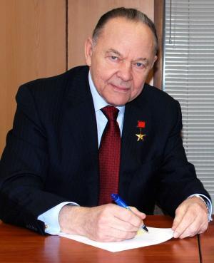 Рэм Викторович Петров