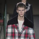 Мужская коллекция Versace осень—зима 2019–2020: индивидуальность в моде