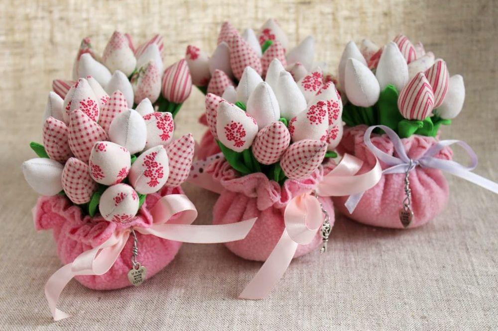 Подарки на 8 Марта - выбираем подарки к Женскому дню!