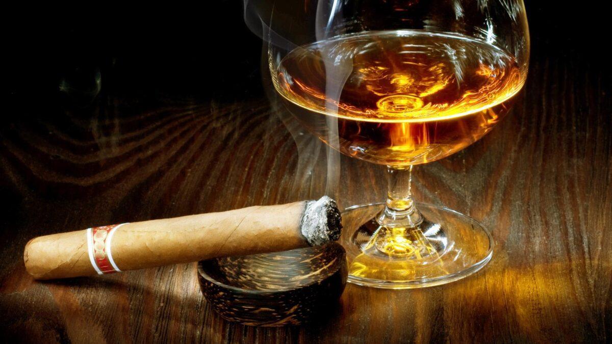 сигара с виски