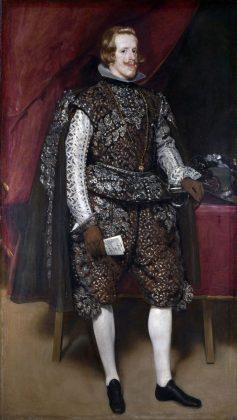 костюм из испании