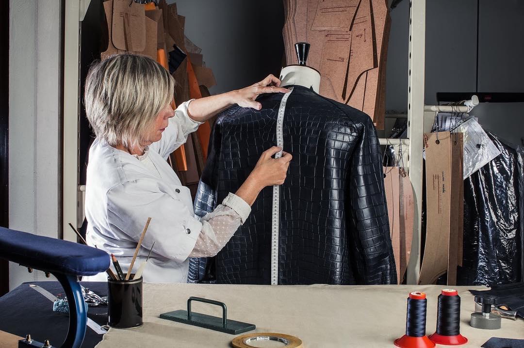 Кожаная куртка из крокодильей кожи от Zilli
