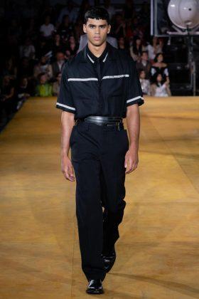 показ модной одежды Burberry 2020