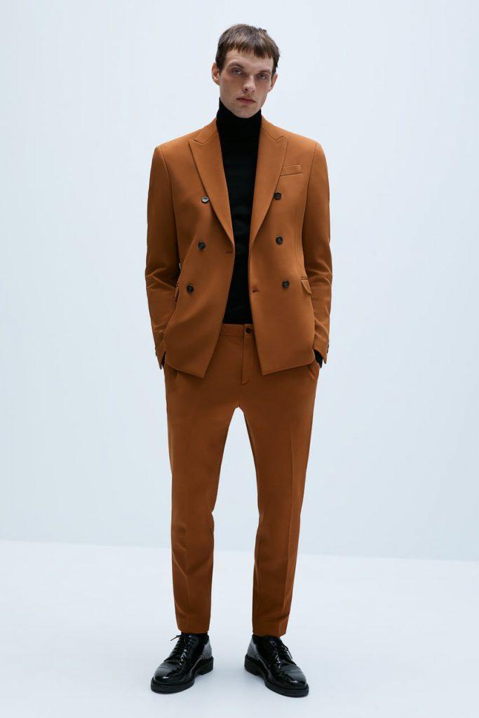 корричневый пиджак