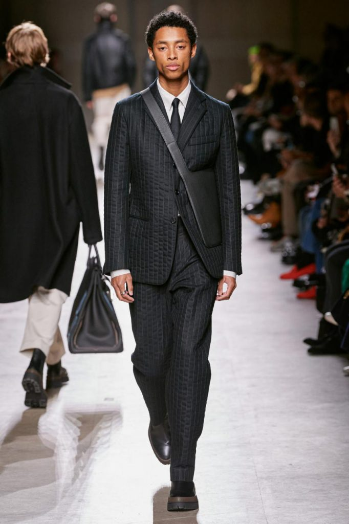 подиум и коллекция от Hermès