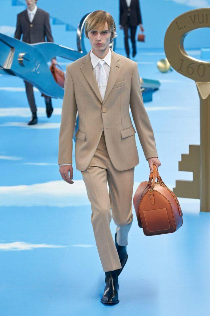 стильный костюм от Louis Vuitton