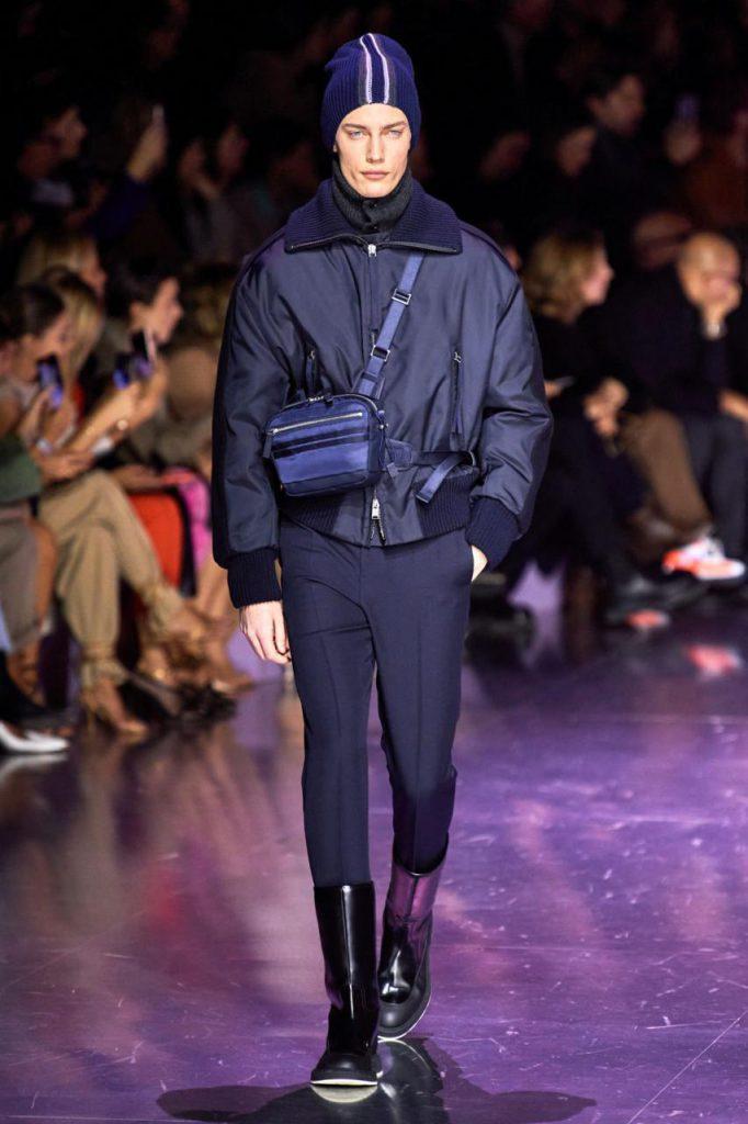 красивая куртка от Boss Hugo Boss