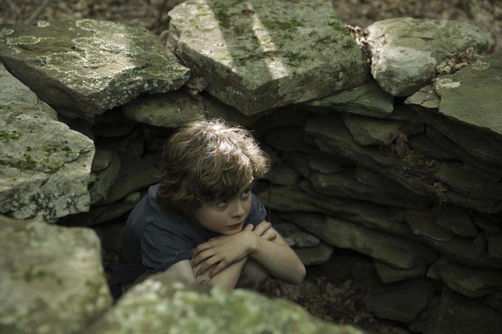 ловец снов кадр с мальчиком