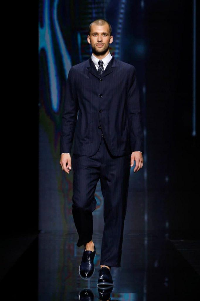 Giorgio Armani мужской подиум 2021