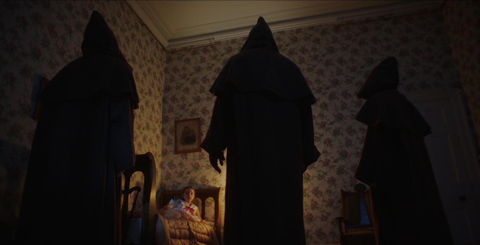 кадр из фильма Проклятие: Призраки дома Борли